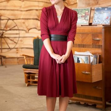 trashy diva 3/4 sleeved dress in burgundy