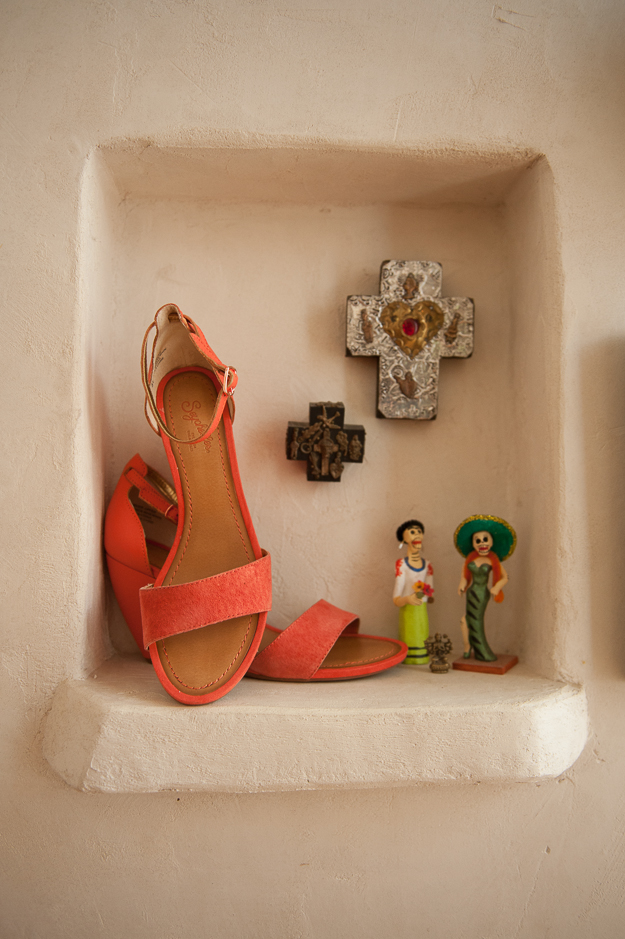 Thyme Suede Wedges in Melon